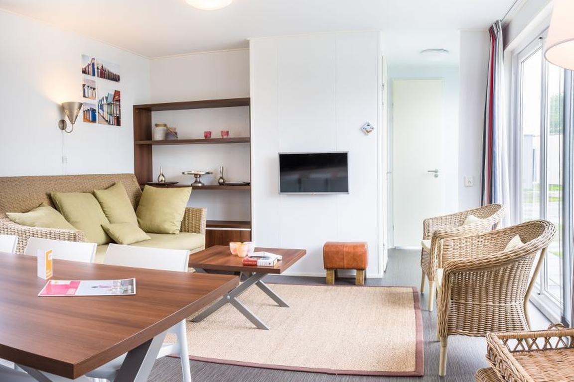 "Ferienpark ""Zeebad"" Breskens: Lodges Typ Comfort 6A"