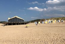 "Cadzand-Bad - Strandpavillon ""de Zeemeeuw"""