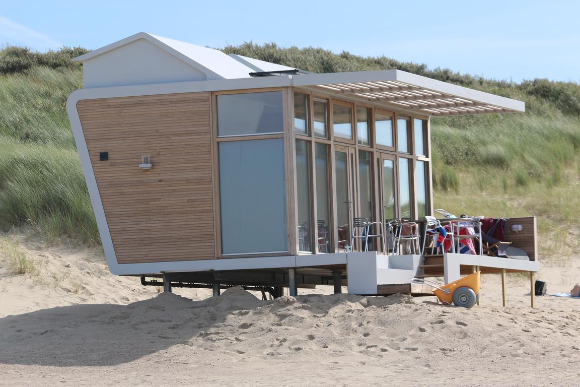 Cool & Chic: Strandschlafhäuschen am Cadzand-Bad