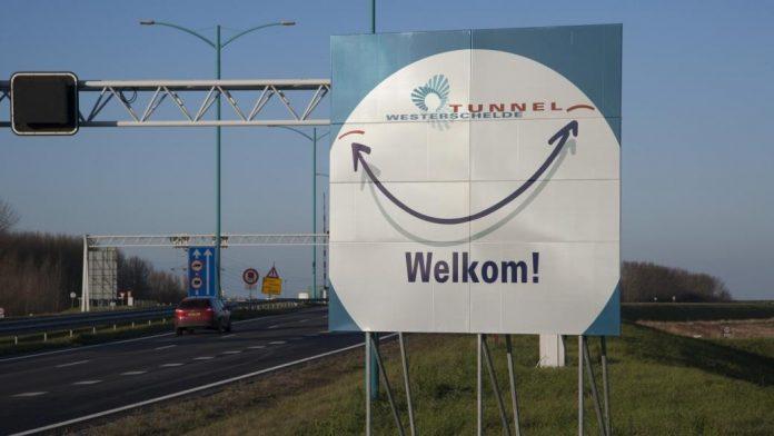 Westerschelde-Tunnel uaf Zuid-Beverland