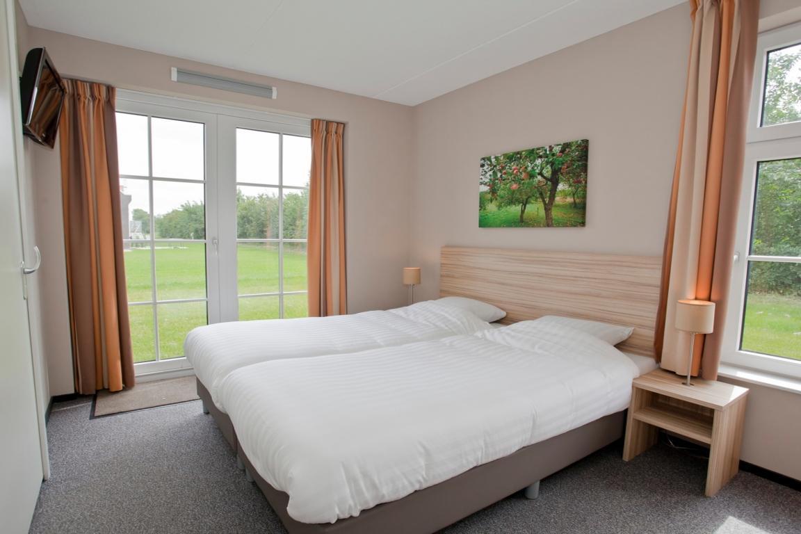 Schlafzimmer im 8 Personen-Haus Strand Resort Nieuwvliet
