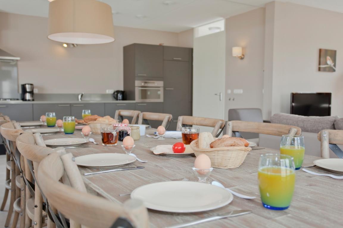 Wohnbereich für 10 Personen Strand Resort Nieuwvliet-Bad