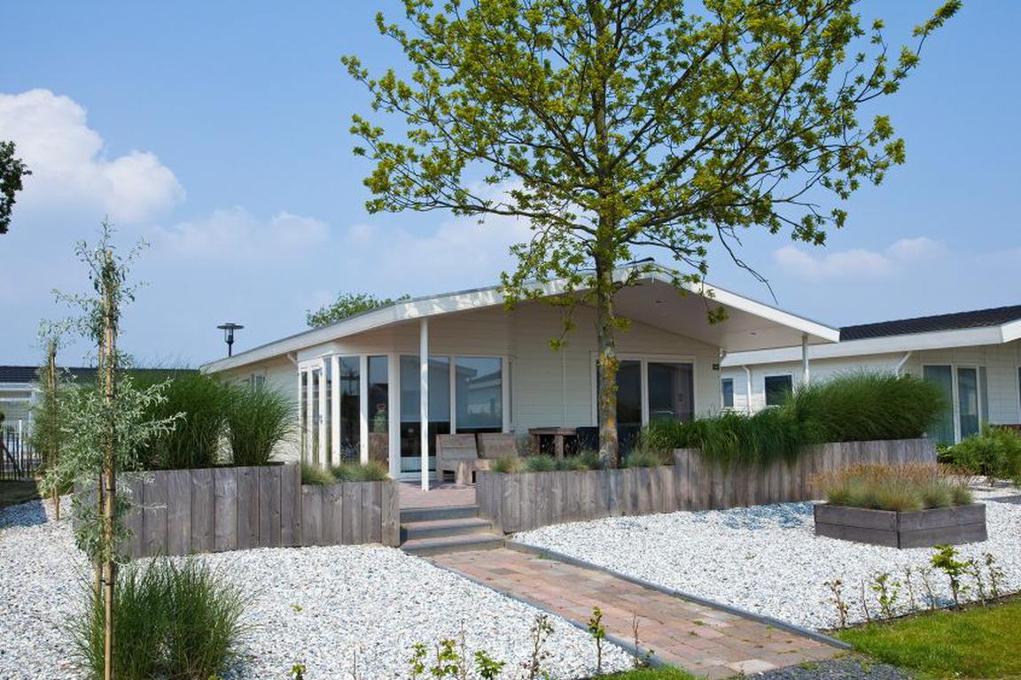 """Ferienpark """"DroomPark Schoneveld"""" Breskens: Chalet TypED 4, mit sehr großem Wohnzimmer"""