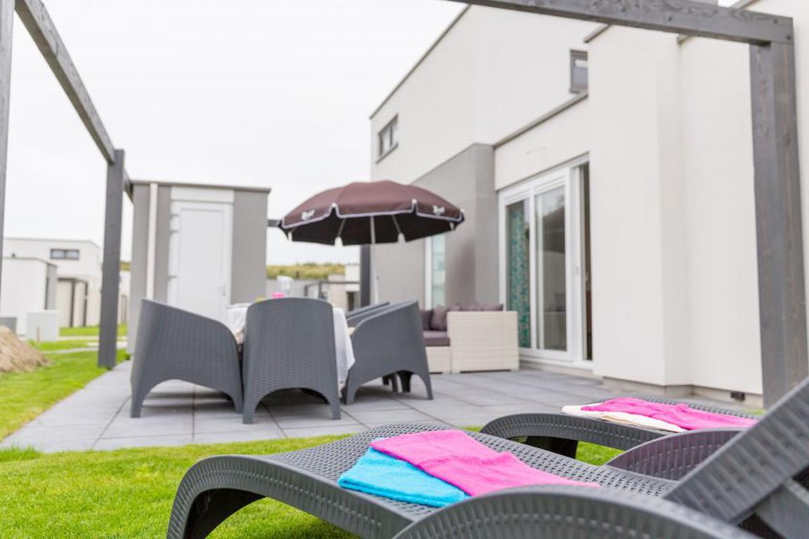 """Ferienpark """"Zeebad""""Breskens: Lodge Typ Luxe 6C mit Obergeschoss und 2 Badezimmern"""