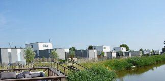 """Ferienpark """"Zeebad"""" Breskens: Idyllischer Urlaub an Kanälen"""